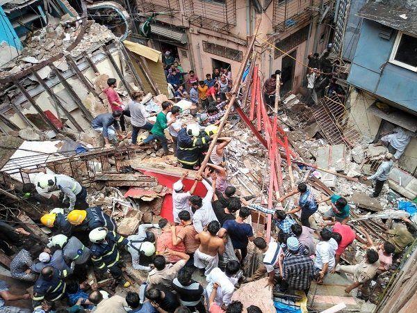 4 Storey building collapse in Mumbai