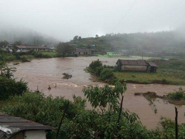 Nilgiris, Coimbatore and Theni could receive heavy rains