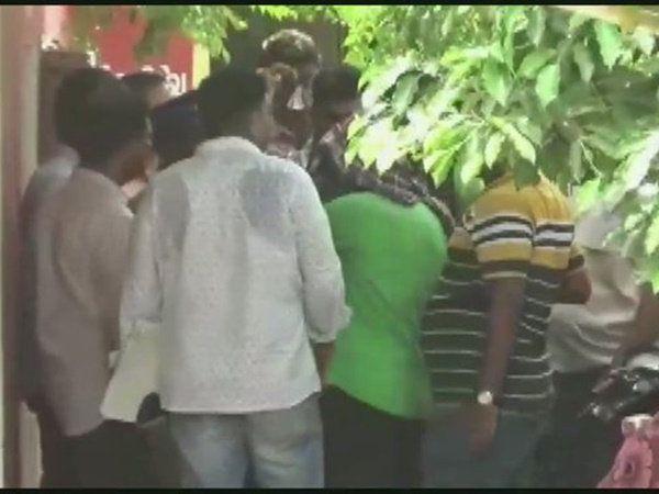 Bangladeshi terrorist arrested in Chennai, சென்னையில் கைது செய்யப்பட்டுள்ள பயங்கரவாதி ஷேக் அஷத்துல்லா