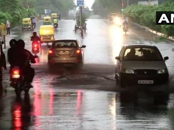 Heavy rain lashes parts of Chennai